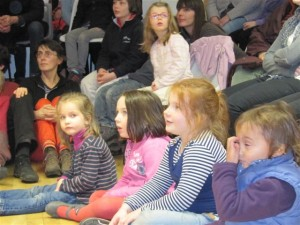 Enfants spectacle de Patrick Ewen